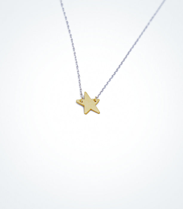 Yellow gold Star motif with a white gold chain bracelet