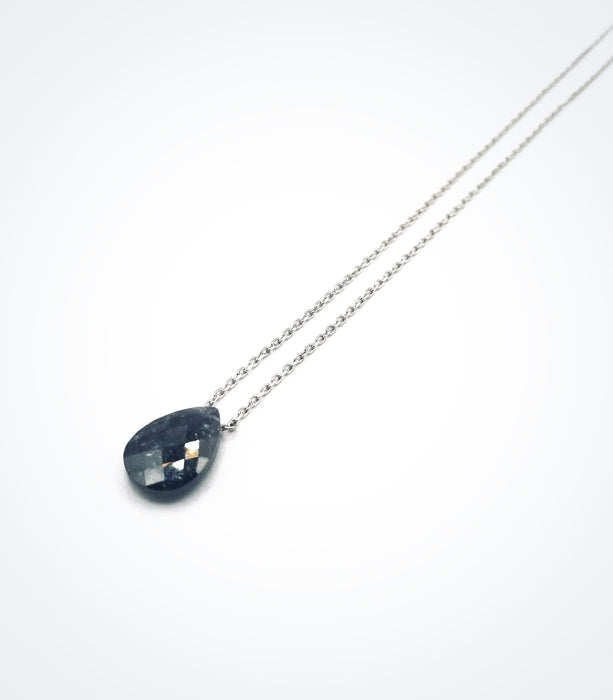 Black pair-shaped zircon stone necklace