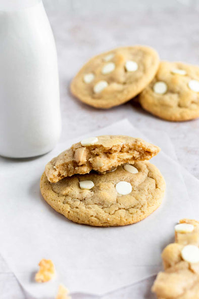 Gluten-Free White Chocolate Macadamia Nut Cookies