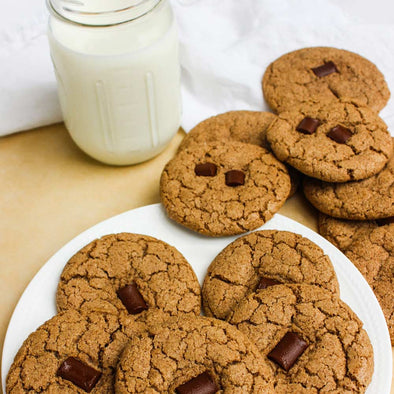 grain-free brown sugar maple pecan cookies