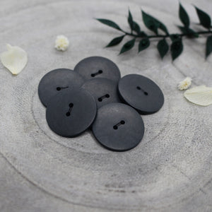 Atelier Brunette Palm Buttons in Night