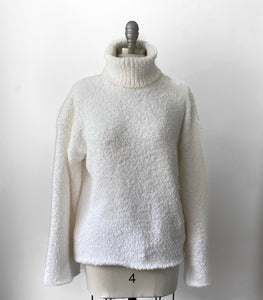 WL Cozy Turtleneck Sweater