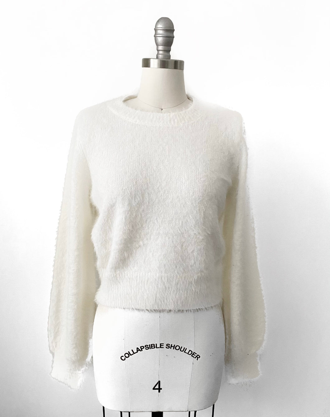 SF Eyelash Puff Sleeve Sweater in Ivory