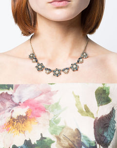 Load image into Gallery viewer, Navy Crystal Embellished Flower Necklace