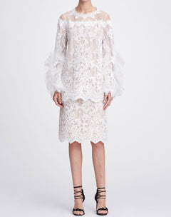 Load image into Gallery viewer, Bell sleeve lace top