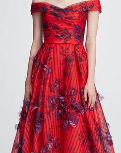 Load image into Gallery viewer, Off shoulder 3D floral gown