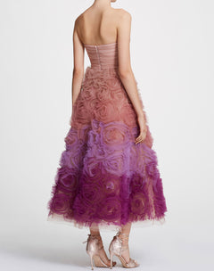 Load image into Gallery viewer, Strapless ombre tulle Tea-length