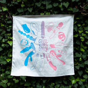 'Good Vibes Only' Bandana