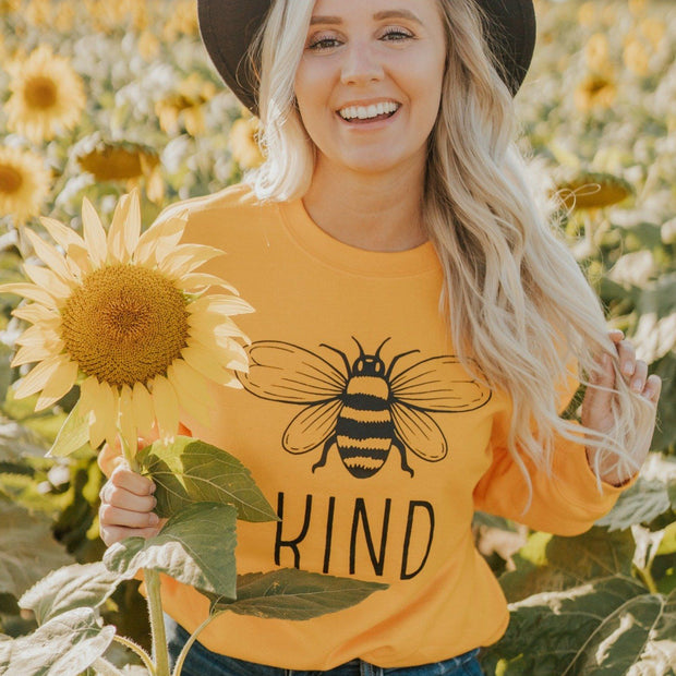 Classic Bee Kind Long Sleeve 2400 Lands Gold S
