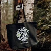 Earth Day Everyday Tote Bag Q600 Lands