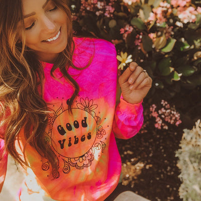 Good Vibes Fluorescent Swirl Tie Dye Long Sleeve Tie Dye Lands S