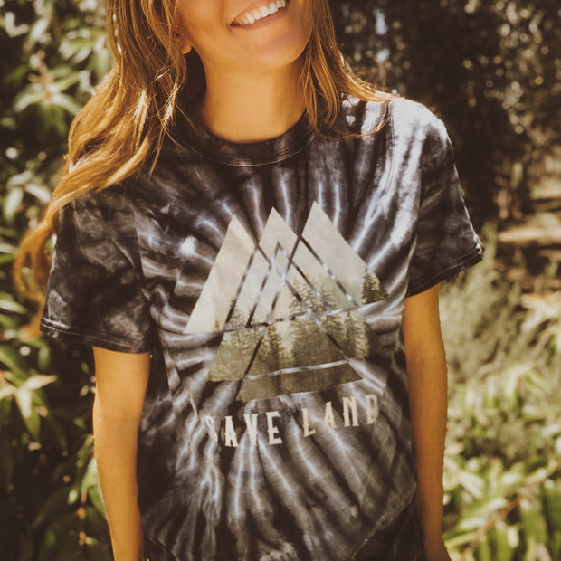 Triangle Tree Black Tie Dye Tee 1000 BLACK SPIDER Lands