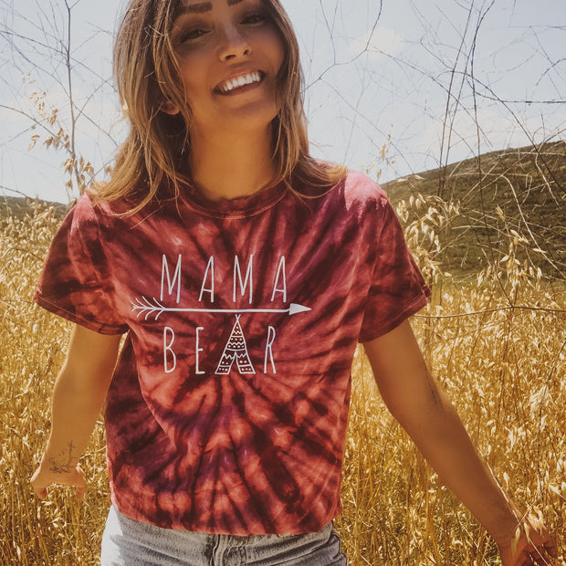 Mama Bear Arrow Burgundy Tie Dye Tee 1000 BLACK SPIDER Lands
