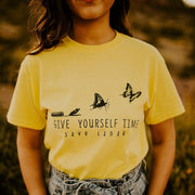 Give Yourself Time Tee 5000 Lands Daisy L