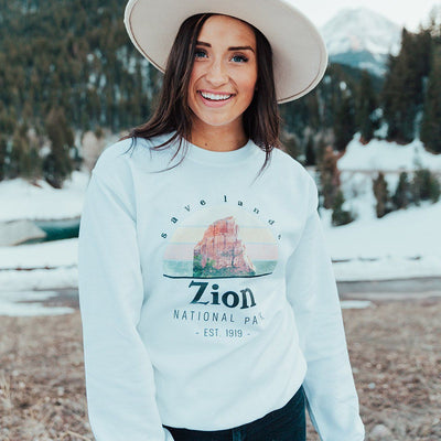 Zion National Park Crewneck Sweatshirt 18000 Lands White L