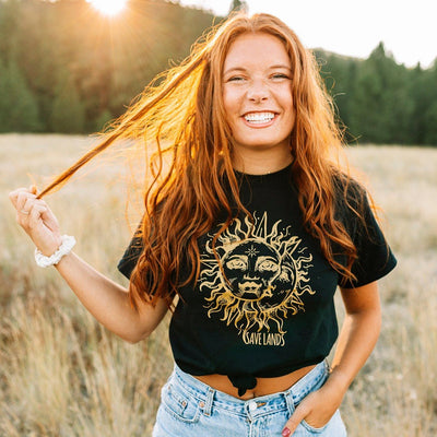Sun & Moon Tee (Front Print) 5000 Lands Black S