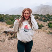 Zion National Park Crewneck 18000 Lands Sand S