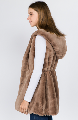 Charming SidePocket Faux Mink Fur Vest (with oversized hood)