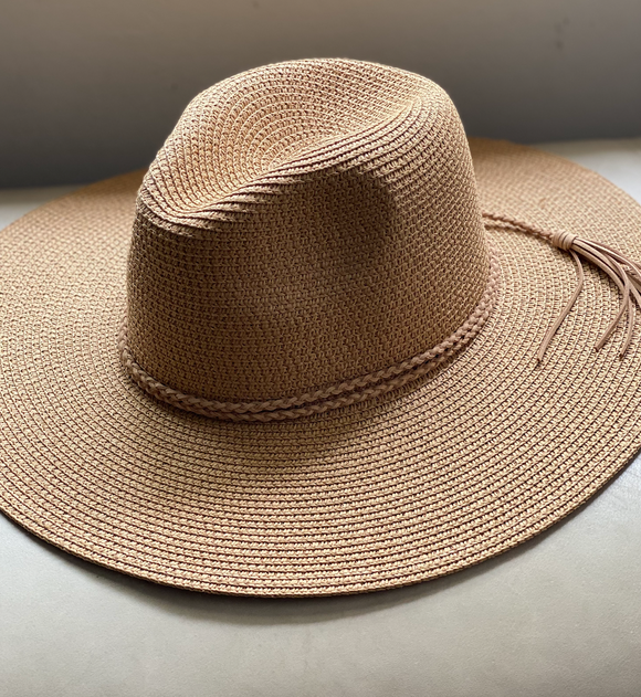 Straw Hat with Braid Tassel