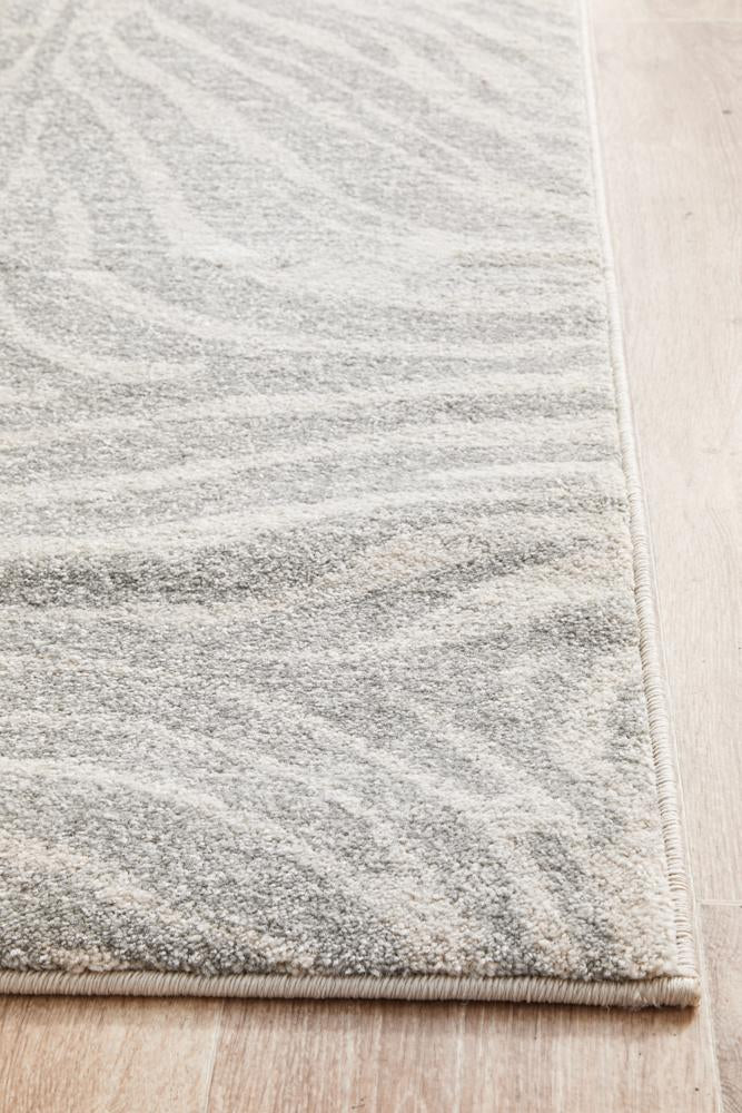 Chrome Savannah Silver Runner Rug