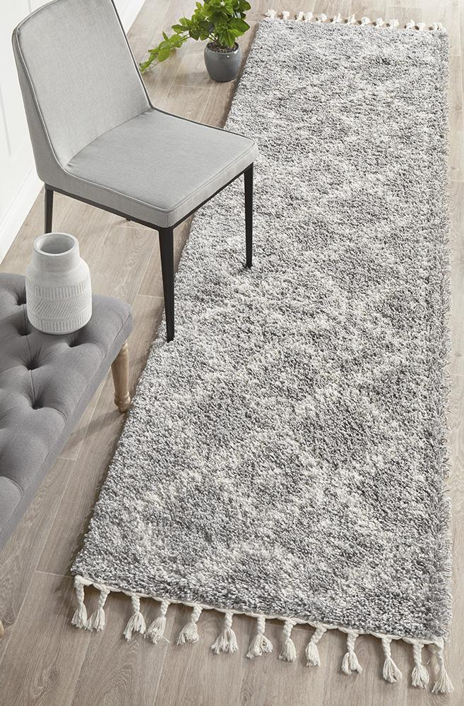 Diamond Pattern Silver Runner Rug