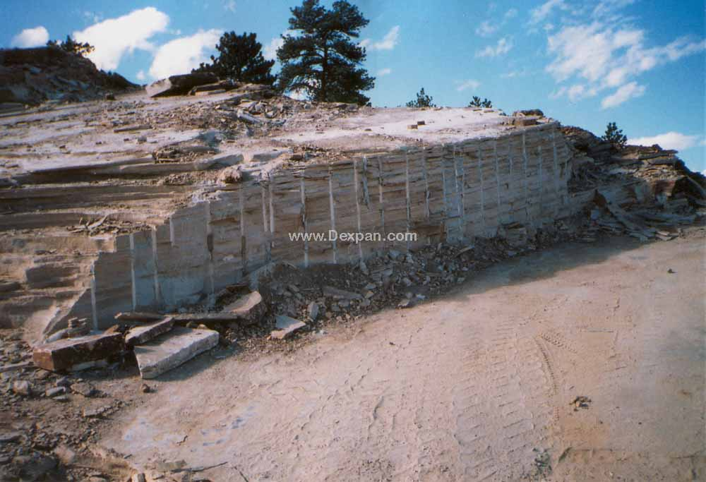 Quarrying Flagstone, Mining without Explosives | Dexpan Project Q006