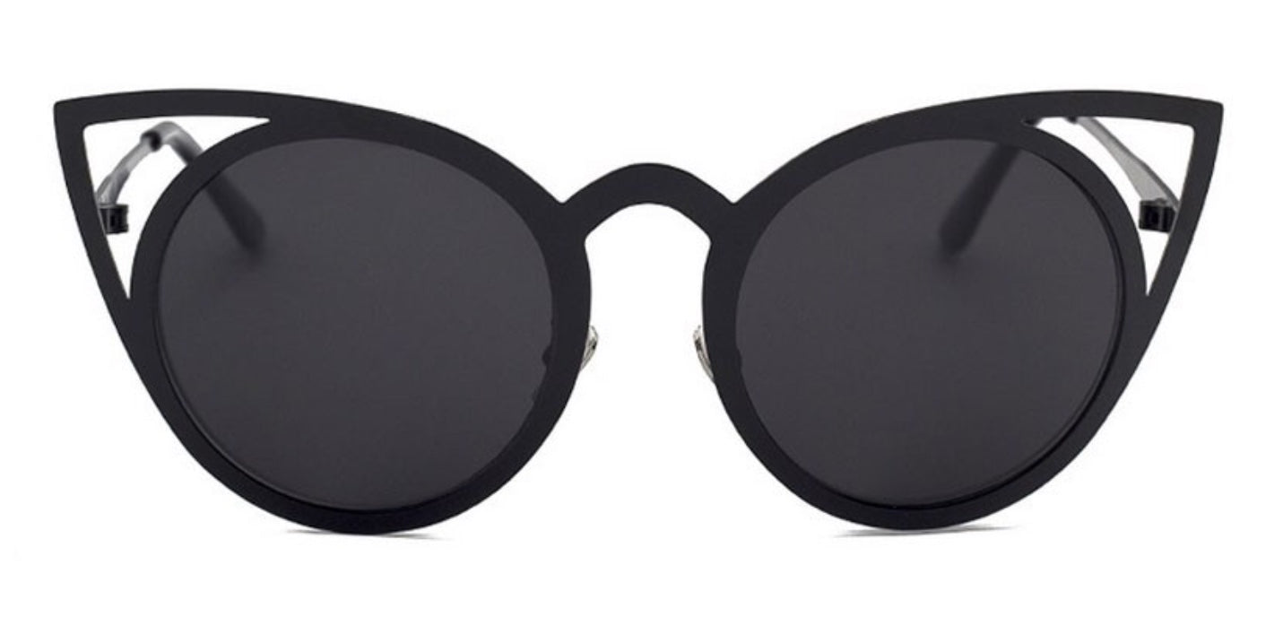 MAKE THEM PURR CATEYE SUNGLASSES