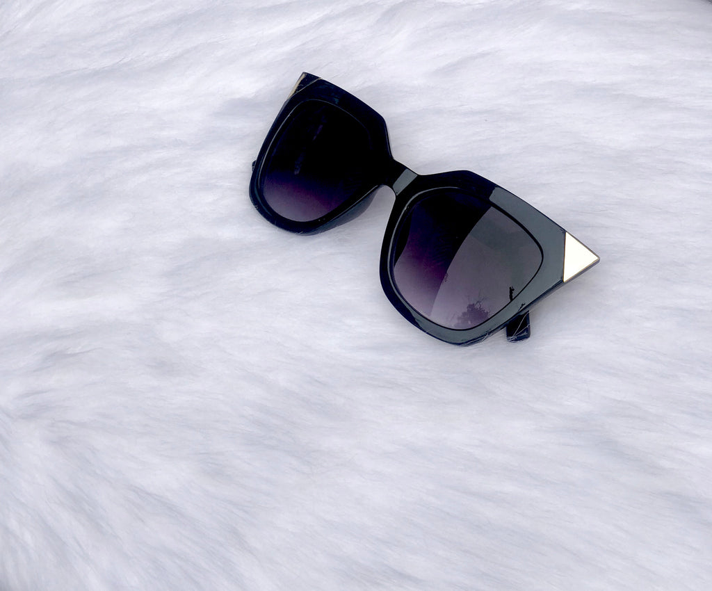 GO HOLLYWOOD GOLD SUNGLASSES