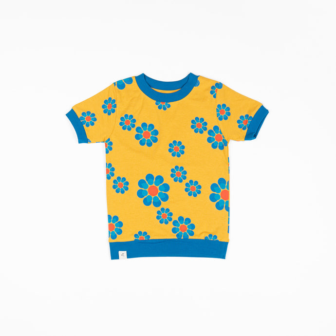 Alba of Denmark VESTA T-SHIRT - BRIGHT GOLD FLOWER POWER LOVE