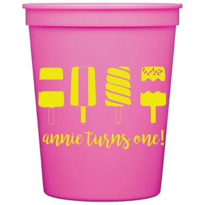 stadium cups | strawberry lemonade