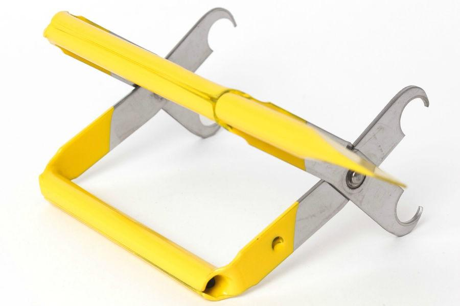 Jero Frame Gripper Tool With Chisel Tip - Beebox2u