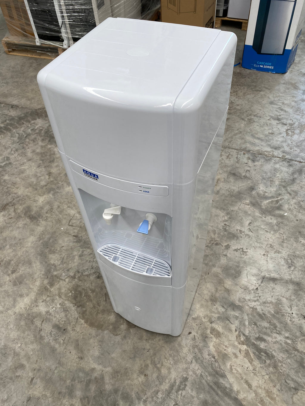 Used Seconds - UNREFRIGERATED Maximus Plumbed Cooler | SN:18120652