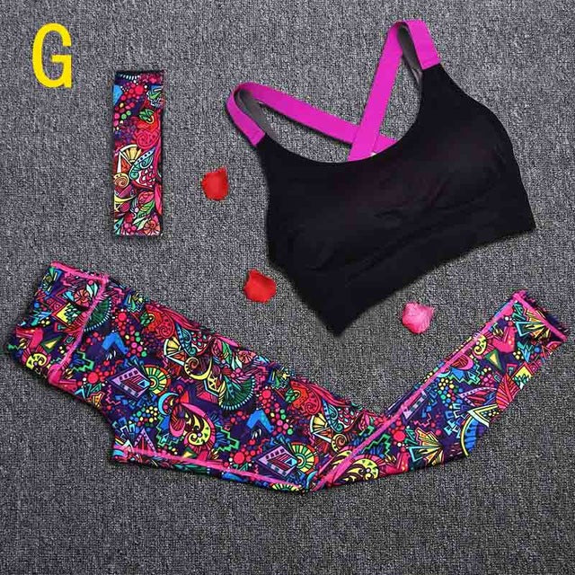 Stand Out Yoga Set