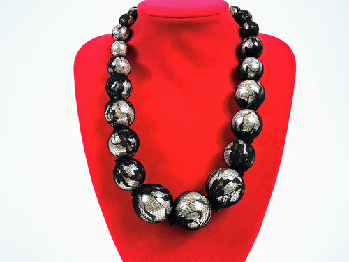 Statement Lace Pearl Necklace