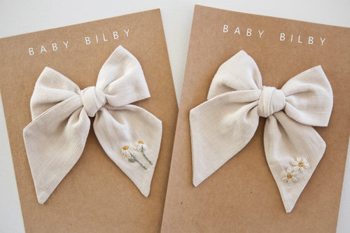 Mini Embroidered Bow | Gardenia