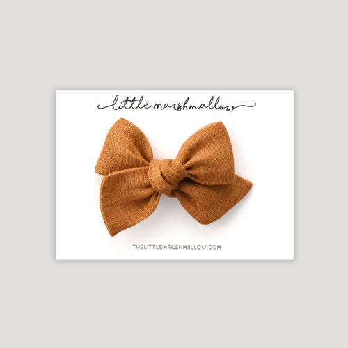 Pinwheel Bow | Maple Brown