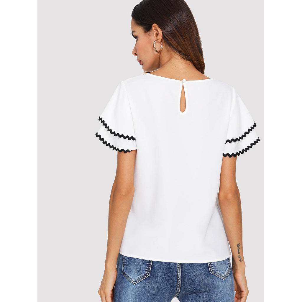 Contrast Wave Lace Trim Layered Ruffle Sleeve Top