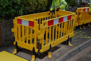 Avalon Barrier - 2m Pedestrian Barrier - Oxford Plastics