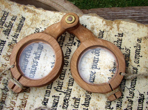 Ancient eyeglasses - eyeglasses history, wood eyeglasses