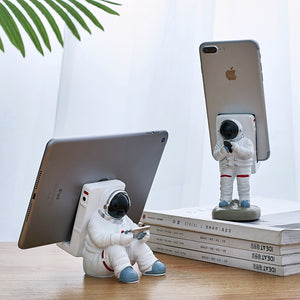 Astronaut Pen Holder and Phone Stand