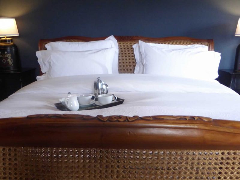 A Night's Stay for 2 in a Master Bedroom - (any day excl Sat) Gift Voucher