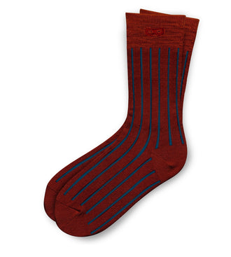 thin blue lines on Wine Les Lignes Men's Crew Socks