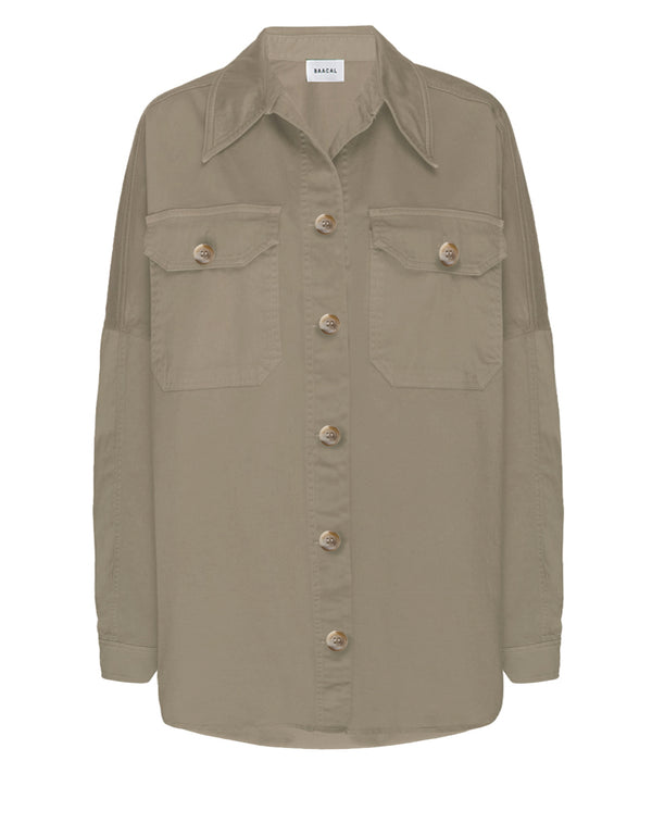 oversized women's shirt jacket with front pockets