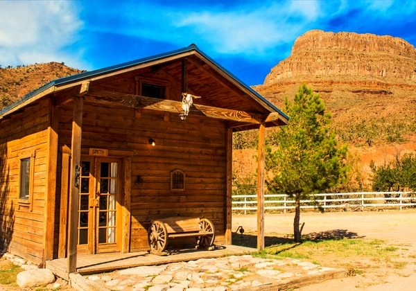 Ultimate Cabin at Grand Canyon Western Ranch