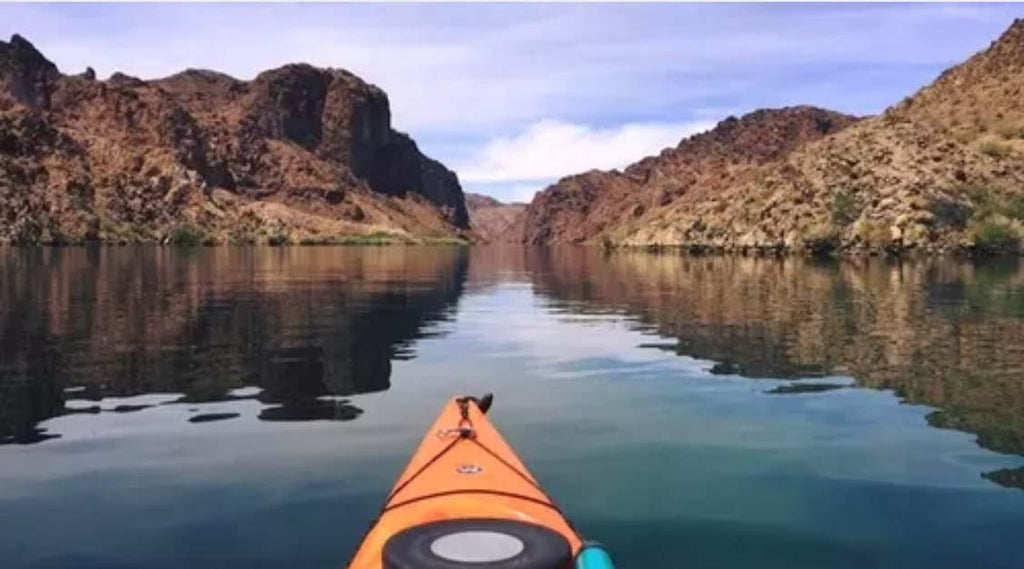 Half-Day Kayak Tour of Black Canyon with Emerald Cave