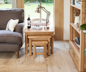 Robin Oak Nest of 3 Coffee Tables