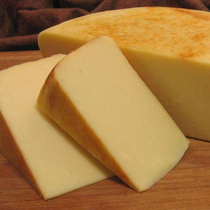 Ilchester - Applewood Smoked Cheddar - 1/2 LB