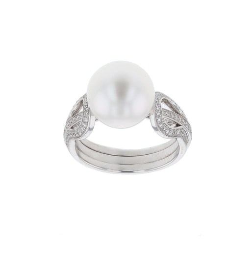 White Pearl Ladies Ring (White Diamond 0.39)