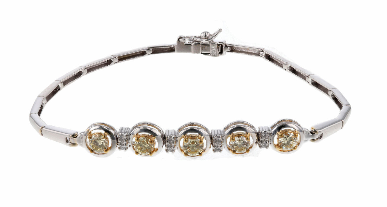 Yellow Diamond Ladies Bracelet (Yellow Diamond 1.02 cts. White Diamond 0.09 cts.)