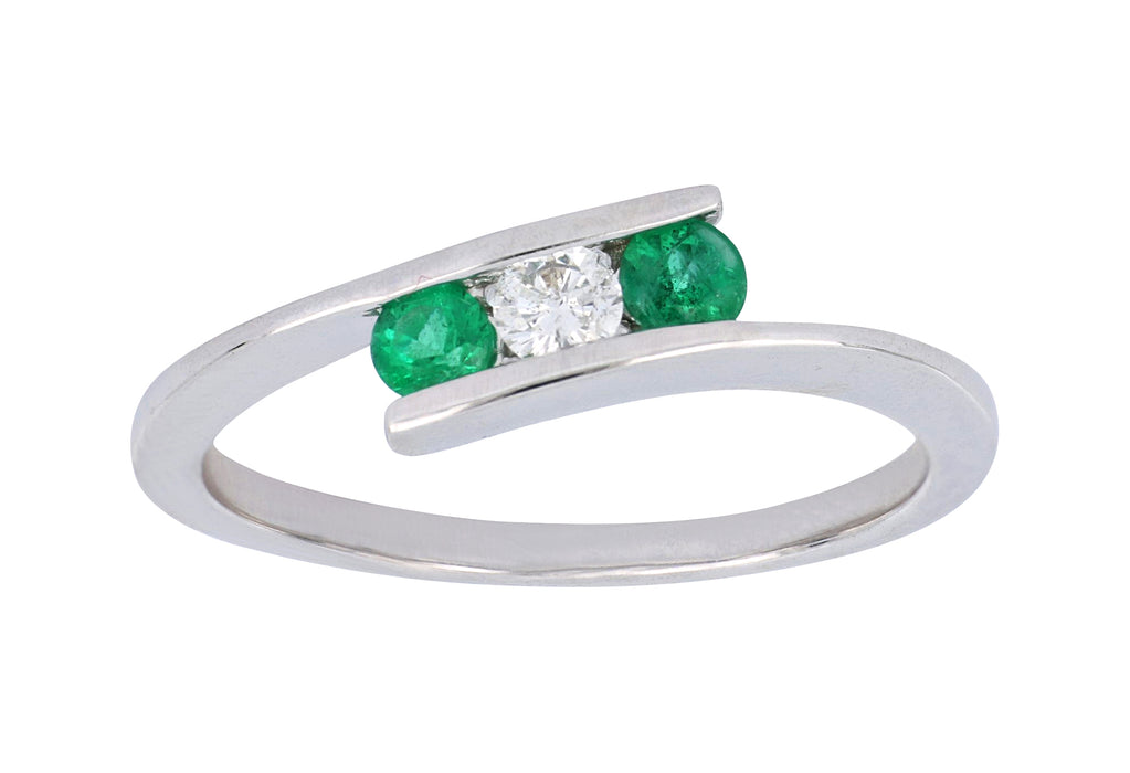 Emerald Ladies Ring (Emerald 0.21 cts. White Diamond 0.11 cts.)